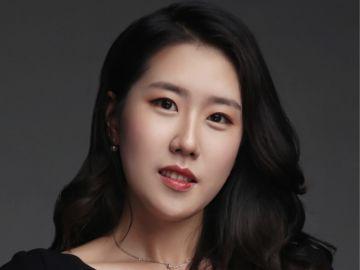 Ho-young (Sarah) Yang