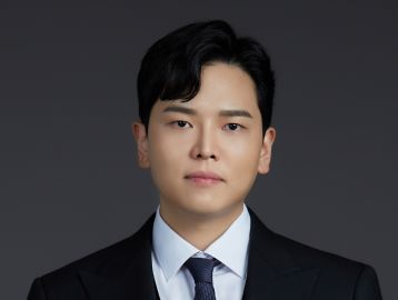 Hyun Jung Kim